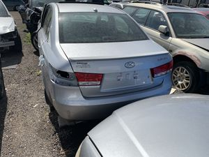 2007 Hyundai sonata parts car for Sale in Denver, CO