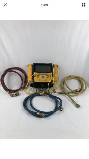 Fieldpiece SMAN360 3-Port Digital Manifold & Micron Gauge With Hoses for Sale in Peoria, IL