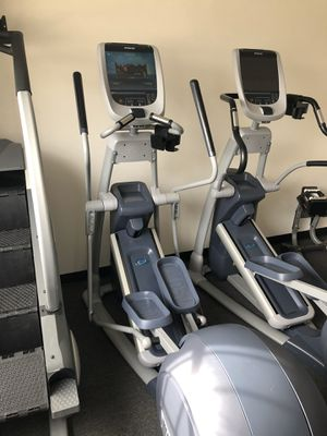 Precor EFX 885 Elliptical Cross trainer w/ p80 Console, gym for Sale in Santa Ana, CA