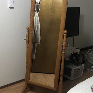 Large Free-Standing Wood Mirror for Sale in Tacoma, WA