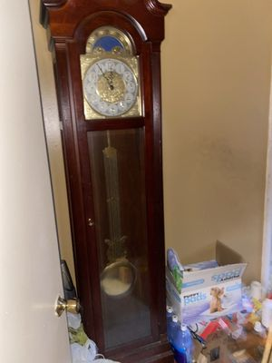 Ridgeway grandfather clock need chains put back on for Sale in Johnston, RI