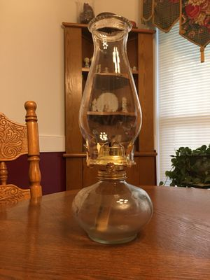 Antique Clear Oil Lamp for Sale in Boiling Springs, SC
