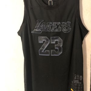 NBA All Black Lakers LeBron James Jersey for Sale in Bellevue, WA