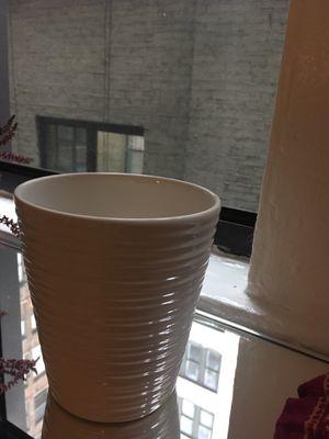 Flower planter pot white ceramic for Sale in New York, NY