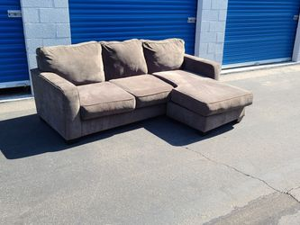 Sectional Sofa Couch L Shaped Revirsable Chaise Lounge Ottoman FREE DELIVER for Sale in Phoenix,  AZ