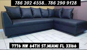 Black sectional couch brand new for sale for Sale in Miami, FL