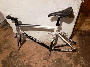 road bike frame,Giant Defy 3 for Sale in Cicero, IL