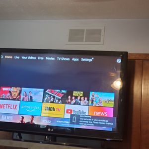 60 Inch Tv for Sale in Strongsville, OH