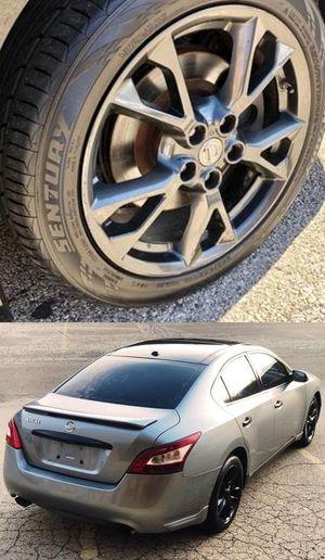 $1200 Nissan Maxima for Sale in Philadelphia, PA