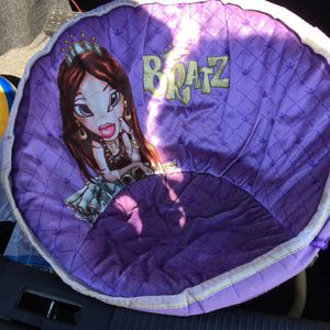 Vintage Bratz Doll Foldable Chair RARE Finding for Sale in Houston, TX