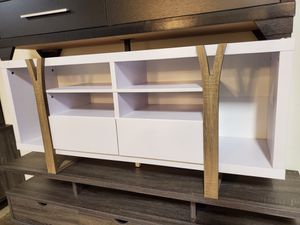 Pear TV Stand up to 70in TVs, White and Dark Taupe for Sale in Santa Ana, CA