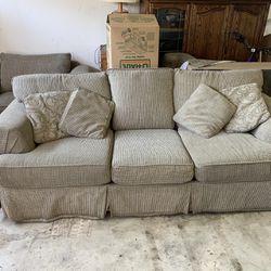 Living room set for Sale in Visalia,  CA