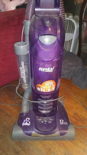 Eureka 12 amps pet lover for Sale in Seattle, WA