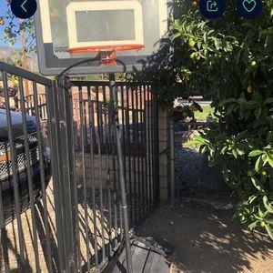 Medium Basketball 🏀 Hoop for Sale in Highland, CA