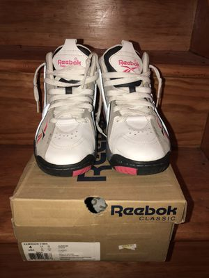 Reebok Breast Cancer Kamikaze SIZE 4 for Sale in Bronx, NY