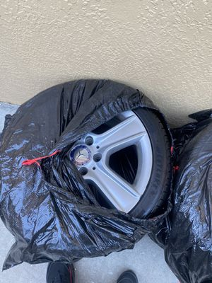Staggered Mercedes Benz rim and tire for Sale in Hayward, CA