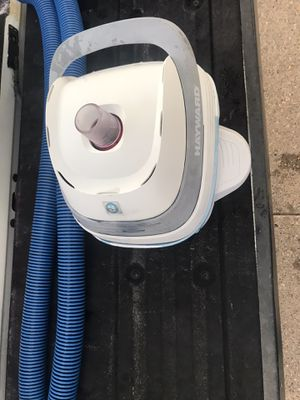Hayward Pool Vac VFlex pool cleaner for Sale in Fort McDowell, AZ