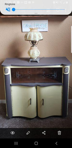 Antique mini bar for Sale in Riverbank, CA
