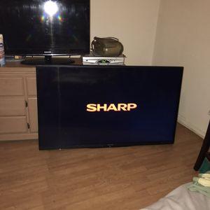 "Sharp 60"" smart tv for Sale in St. Petersburg, FL"