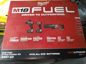Milwaukee Combo power tool-kit for Sale in Daly City, CA