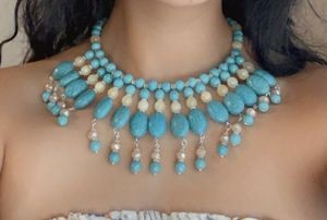 Turquoise Lover's. Turquoise beaded necklace, Statement Bib Necklace for Sale in San Bernardino, CA