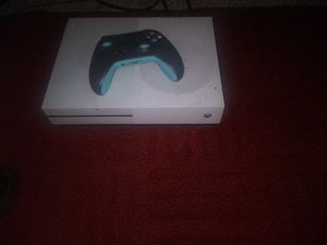 Xbox One with Wireless Controller + Game (Mortal Kombat 11) for Sale in Columbia, SC