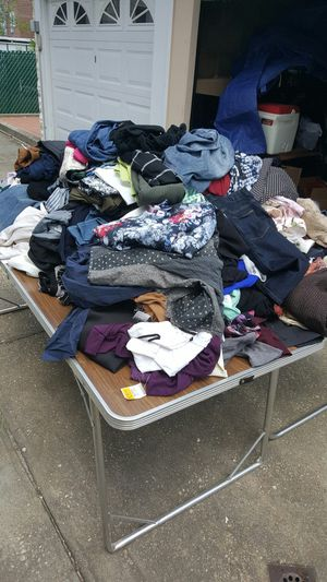 100 women's clothes for Sale in Brooklyn, NY