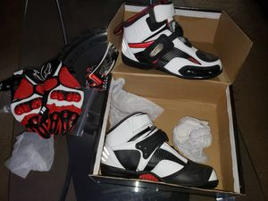 Joe Rocket motorcycle boots with matching gloves for Sale in Plantation, FL
