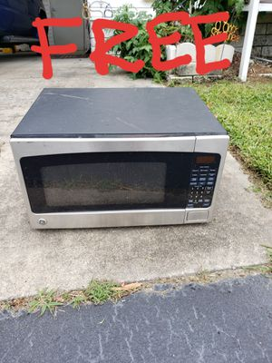 Large microwave free parts only for Sale in Sebring, FL