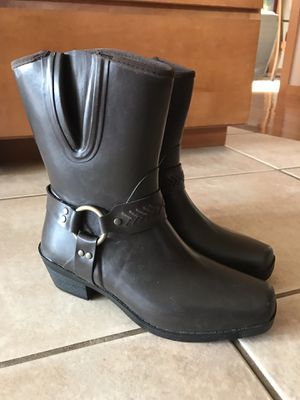 New Women's Bogs Rain Boots - Size 8 for Sale in Orting, WA