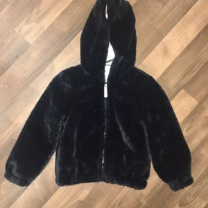 Girls Faux Fur Jacket Size 6 for Sale in Tacoma, WA