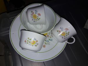 Corelle CorningWare vintage cups plates and bowls creamer and sugar for Sale in Phoenix, AZ