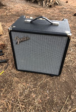 Fender rumble 25 bass guitar amp for Sale in Sisters, OR