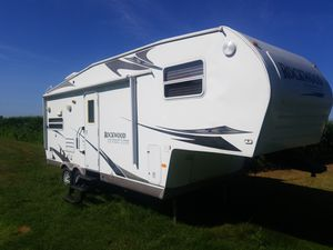 2008 Rockwood by Forest river Trailer Camper for Sale in Plainfield, IL