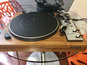 Rotel RP-6300 Turntable with ADC ZLM Cartridge for Sale in Bothell, WA
