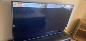 60 inch Visio TV 4K smart TV V Siri's also Xbox one for Sale in Goodyear, AZ