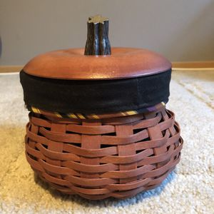 2007 Longaberger Small Fall Gourd Basket for Sale in Puyallup, WA