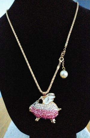 Pig Wings Sweater Necklace Rhinestone Bead Pendant Women Chain . Brand new for Sale in Panama City Beach, FL