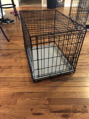 Small dog crate for Sale in Brentwood, TN