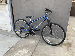 "Raleigh 24"" tire mountain bike - XS Frame Size for Sale in Pico Rivera, CA"