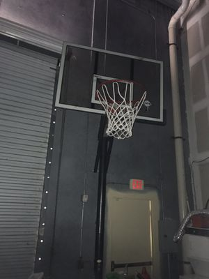 Basketball Hoop for Sale in Sarasota, FL
