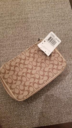 Womens Khaki Signature COACH. Travel Jewelry Box Organizer Case! for Sale in Library, PA