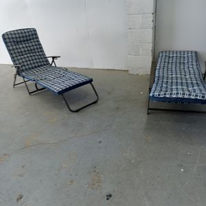 Beautiful Lounge Chairs for Sale in Mount Rainier, MD