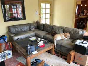 FREE Sectional wrap around couch for Sale in Piedmont, CA