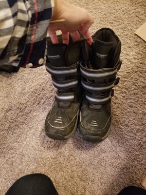 Snow boots boys size 2 for Sale in Casselberry, FL