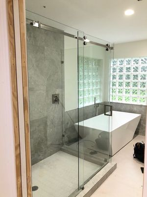 Glass shower doors for Sale in Boynton Beach, FL