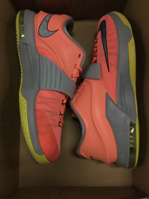 Nike KD 6 mango for Sale in Medley, FL