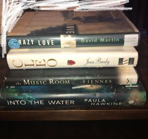 Romance/Thriller Book Bundle for Sale in Reedley, CA