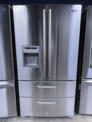 LG French Door Refrigerator Stainless Steel for Sale in Montclair, CA