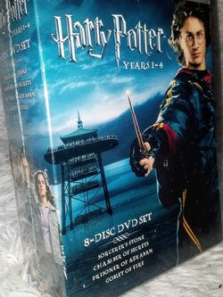 Harry Potter -Years 1-4 (8 Disc DVD Set)) for Sale in Roseville,  CA